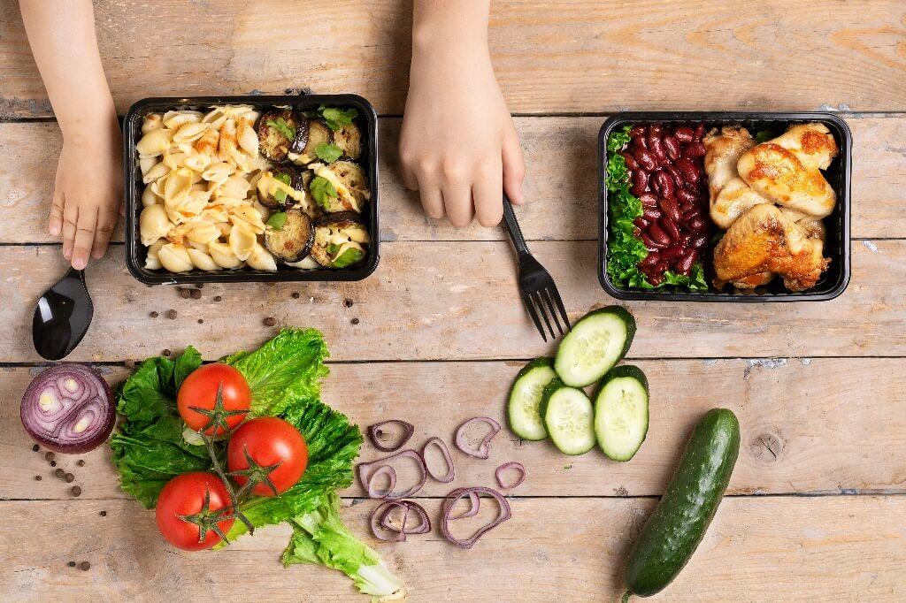 Catering dietetyczny - pyszne lunch boxy